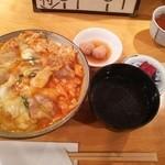 50871991 - (2016/5  訪問)特上親子丼。1400円。