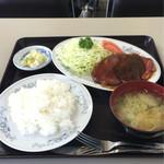 ふじみ食堂 - 料理写真:ポークチャップセット 950円