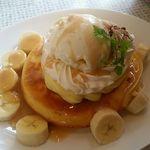 フルーツアイランド百果園 - 料理写真:パンケーキ(バナナキャラメル)