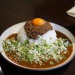 吉田カレー  - 大・辛口・キーマ・薬味