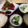 くるまや - 料理写真:「まぐろ赤身定食」800円也。税込。