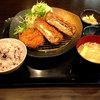 地蔵 - 料理写真:チーズ入りメンチ勝つとヒレかつ御膳1080円