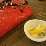 メルティングポット - 料理写真:ピクルスさっぱり旨し!