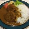 デリー - 料理写真:カニコロッケカレー(税込800円)