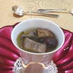 トゥ・ラ・ジョア - 具沢山の熱々スープ