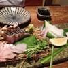まるお商店 - 料理写真:刺身盛り4種