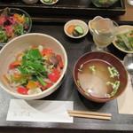 お気軽健康café あげは。 - 晩ごはん:玄米おこげのたっぷり野菜あんかけ