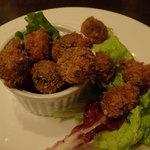 Bistro&Bar es - 料理写真:肉詰めオリーブフライ