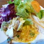 50971367 - サラダ、セロリとツナ炒め、蟹と玉子のカレー炒め