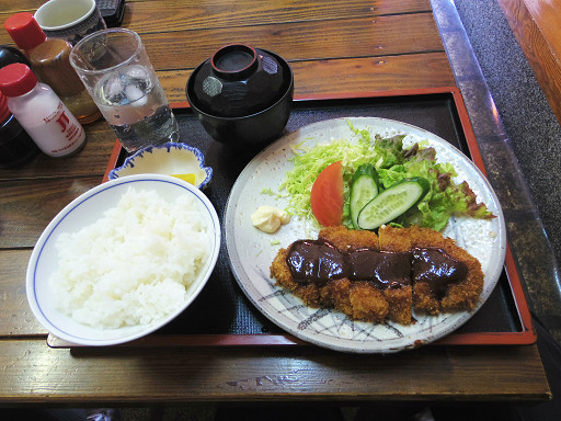 https://tabelog.ssl.k-img.com/restaurant/images/Rvw/50977/50977542.jpg