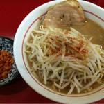 千里眼 - ラーメン麺半分 麺カタメヤサイ少な目 カラアゲ別皿で 730円