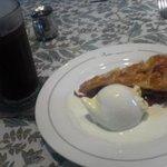 ペーパームーン - チェリーパイとアイスコーヒー