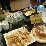 三井ガーデンホテル岡山 - デザート・パンコーナー