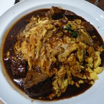 中之島ソーシャルイートアウェイク - 牛肉 煮込みのオムライス 煮込みのオムライス 1250円