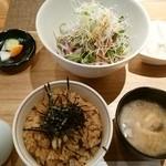 浅野屋 - サラダ蕎麦とかやくご飯