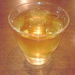 ニャー・ヴェトナム - ハス茶