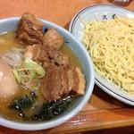 東京ラーメン大番 - 角煮つけ麺850円(味玉入り)