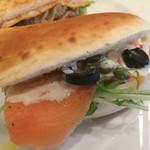 kitahama sandwich APPLIQUE - スモークサーモン
