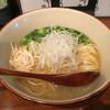 葉やま - 料理写真:「鶏そば (塩)」650円