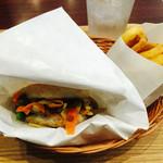 モスバーガー - 料理写真:モスライスバーガー「彩り野菜のきんぴら」&オニオンフライ