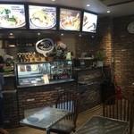J.S. BURGERS CAFE - ルミネのレストラン階、エレベーターを降りて直ぐに目に飛び込んできたお店。