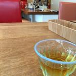 ムレスナ ティーハウス - 今回の水出し紅茶は、プリンセスメロン♬