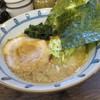 たつ屋 - 料理写真:とんこつ醤油らーめん650円。