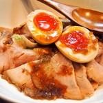 中華蕎麦 葛 - 葛流ローストポーク丼 ハーフサイズ