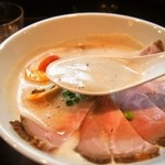 中華蕎麦 葛 - 出し蕎麦【醤油】 特上(スープ)
