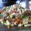 やまちゃん - 料理写真:野菜肉玉うどん