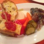 チャボーラ - 前菜三種   ピクルス   スパニッシュオムレツ   サバマリネ