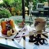 ローザー・アーケード - 料理写真:シフォンケーキ と ストロングコーヒー