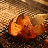 旬の食材を味わうろばた焼き