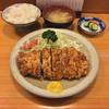 かつよし - 料理写真:ロースかつ定食(1730円)