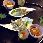 和彩膳所 楽味 - 稚鮎山菜香味揚げ、湯葉、ジュンサイ