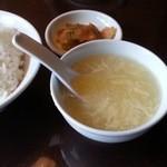 51254200 - 麻婆豆腐定食の麻婆豆腐を待つ 2016.5
