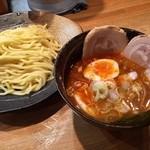 つけ麺屋 やすべえ - 【2016/5】辛つけ麺(並)+チャーシュー味玉セット