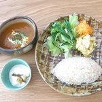 イマソラ珈琲 - バターチキンカレー¥850(税込)