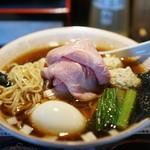 らぁめん 小池 - 淡麗煮干しスープ×醤油