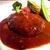 トミーグリル - 料理写真:葡萄牛のハンバーグステーキ980円