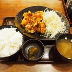永山本店 - 鶏唐揚げ山賊風定食