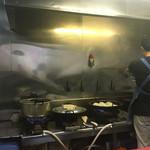 餃子の店 蘭州 - 厨房