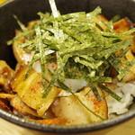 塩つけ麺 灯花 - 焼豚丼