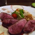 ビストロ・サンミ - 料理写真:滝川産 スノーホワイトチェリバレー(合鴨)のロースト