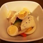 HACHI - 料理写真:うずらと野菜のピクルス