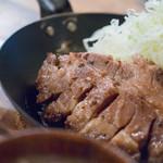 イベリコ豚おんどる焼 裏渋屋 - 溫突(おんどる)トンテキ