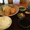 さかもと - 料理写真:あじフライとクリームコロッケ定食1080円