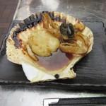 地魚屋台 浜ちゃん  - 帆立バター焼き