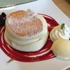 fleur - 料理写真:ミックスベリー・パンケーキ(¥1050)
