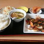 台湾料理 しん龍 - 料理写真:味噌ナスランチ